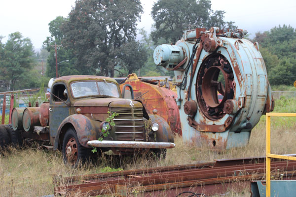 equipment removal in salem or corvallis and eugene oregon cherry city metals